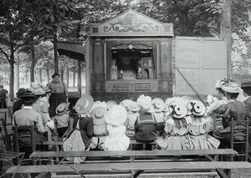 Puppet show, Luna Park, Paris in 1910