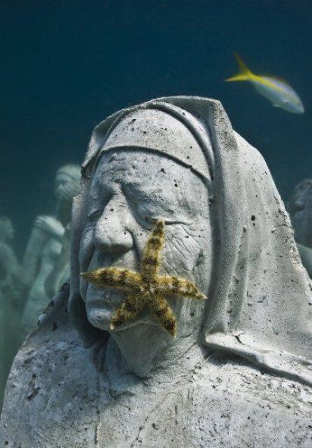 silent_evolution-006-jason-decaires-taylor-sculpture