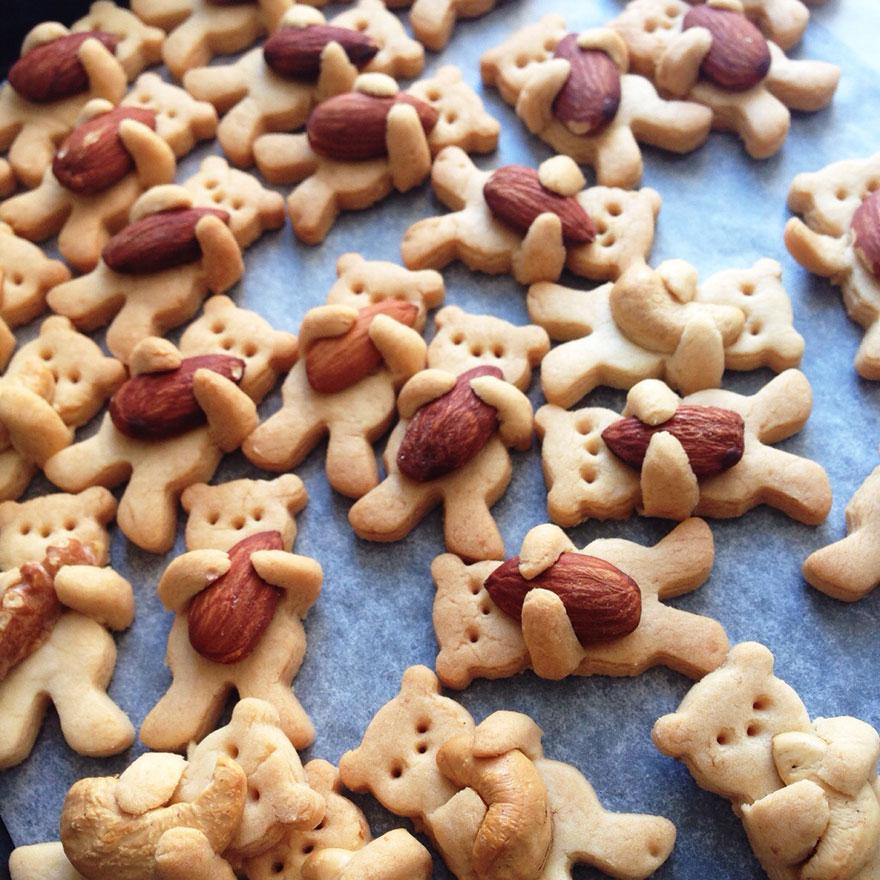 cute-hugging-bear-cookies-maa-tamagosan-13