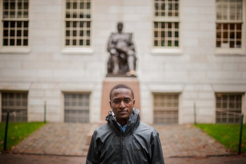 Justus Uwayesu em Harvard