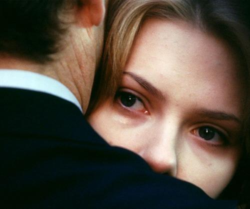 O fantasma da solidão nos apavora, levando-nos a paixões doentias. Habituados a possuir, queremos a chave da alma de outrem. Queremos fazê-la propriedade nossa: namorado, esposa, filhos, amigos.