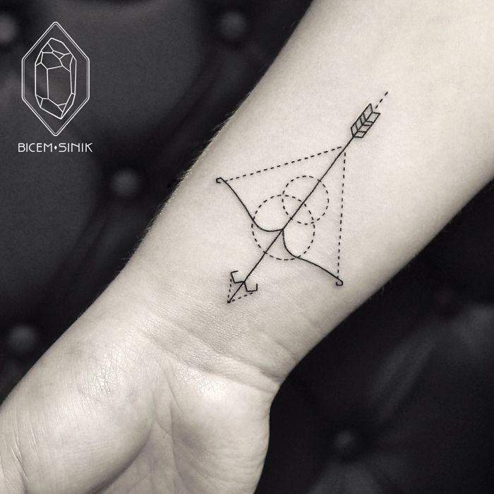darlin_dotwork-line-geometric-tattoo-bicem-sinik-20