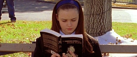 n-RORY-GILMORE-GIRLS-large570