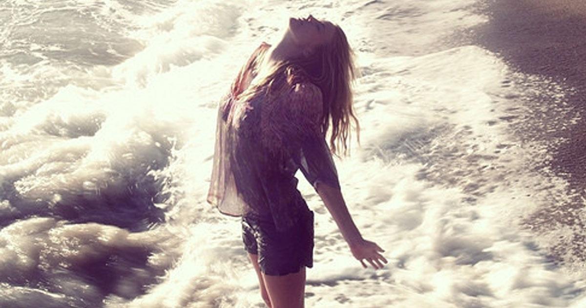 Se a vida é uma folha em branco, risque-a até a última gota de tinta da alma