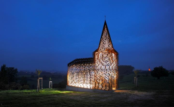 Gijs-Van-Vaerenbergh-a-church