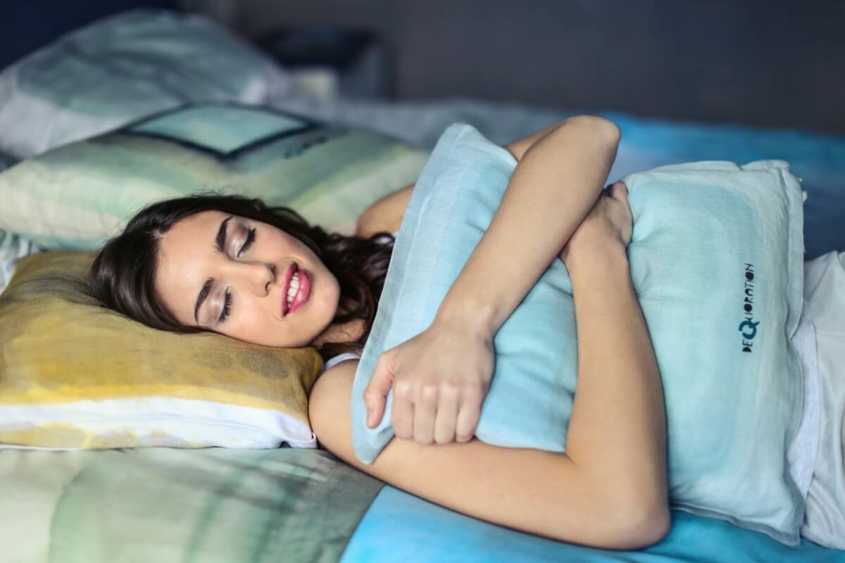 Resultado de imagem para É possível 'ensinar' seu corpo a acordar cedo, segundo cientistas; saiba como!