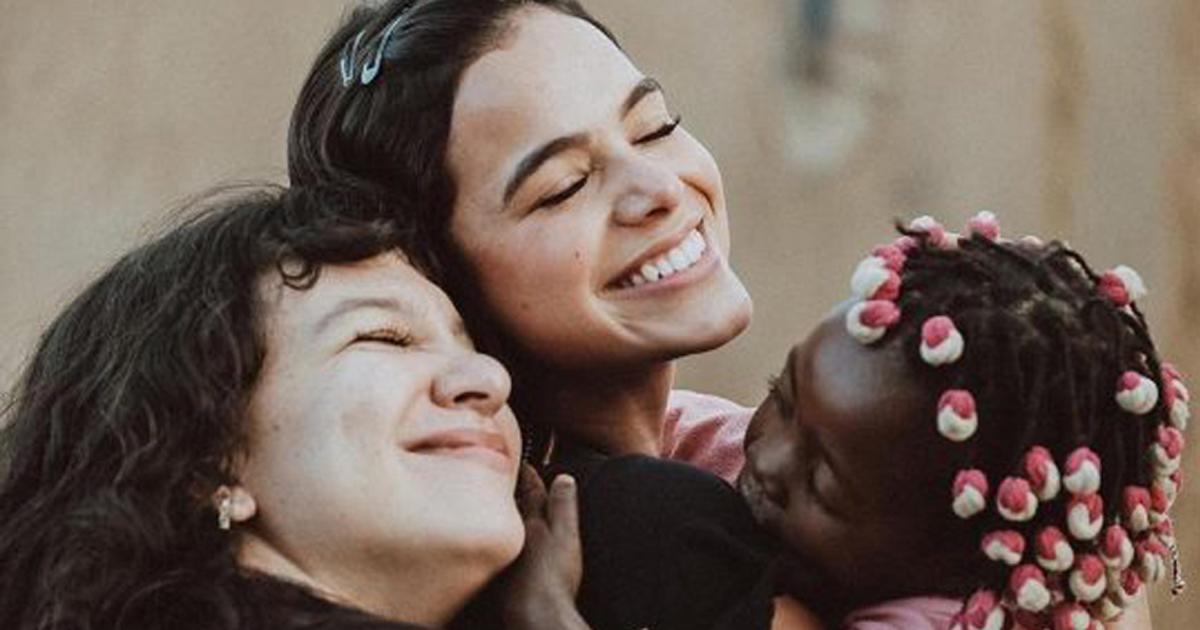 """Resultado de imagem para Bruna Marquezine faz doação de R$ 120 mil para reforma de orfanato no RJ conti outra"""""""