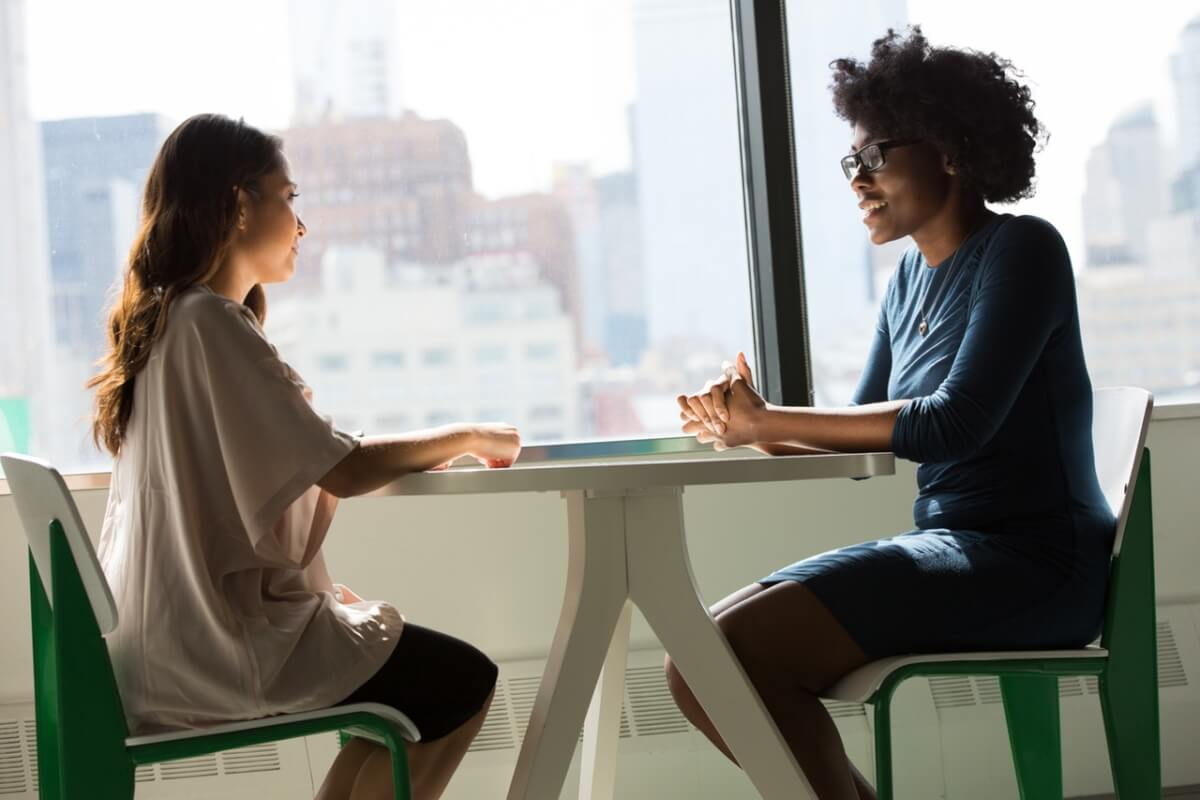 """Resultado de imagem para Ajudar o colega de trabalho não gera concorrência e sim admiração"""""""